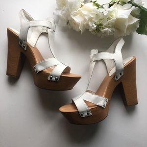 446d54d1220 Gianni Bini Shoes - Gianni Bini   White Leather Studded Platform Heels